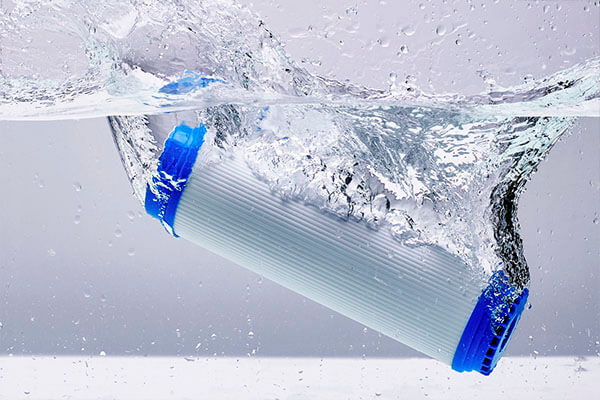 what is filtered water vs distilled